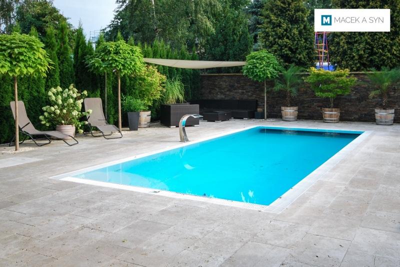 Schwimmbecken 3,2 x 7,5 x 1,5m, Reichenberg, Sachsen, Deustchland, Realisierung 2013