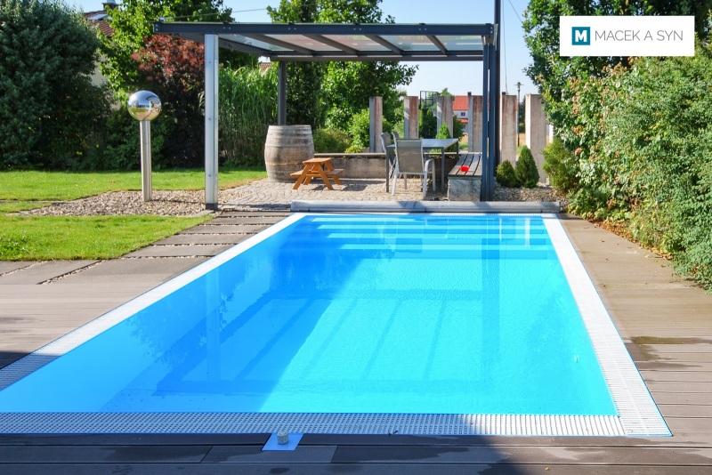 Schwimmbecken 3,2 x 6 x 1,3m, Hofstetten, Oberbayern, Deustchland, Realisierung 2014